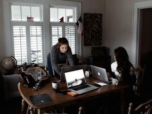 Мотивация для миллениалов: как работать с поколением Y